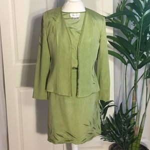 Vera Cristina Silk Suit, 3 Pc Size Small
